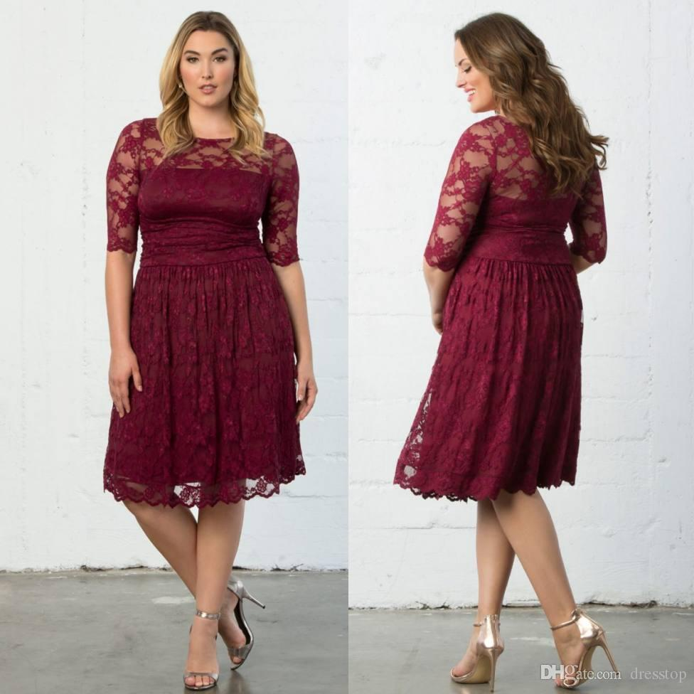 Sunning Burgundy Plus Size Evening Dresses Sheer Jewel Neck Lace Mother Of  The Bride Dress With Half Sleeves A-Line Knee Length Formal Gowns