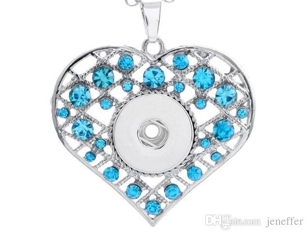 Yeni Mavi beyaz pembe rhinestone kalp şekli noosa 10 adet / grup noosa kolye kolye snap düğmesi kolye fit 18mm charm diy takı aksesuarları