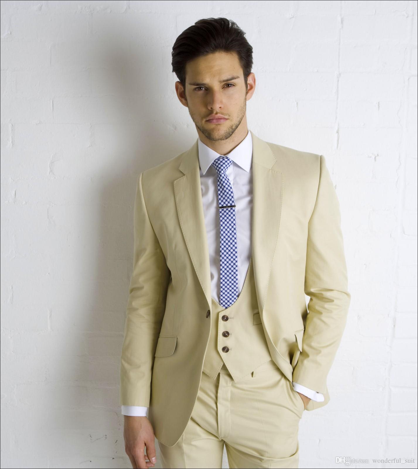 Abiti da sposa beige uomo Risvolto intagliato Abiti da sposo formale Abiti da uomo con un bottone Abiti da uomo slim fit Giacca + Pantaloni + Gilet + Cravatta