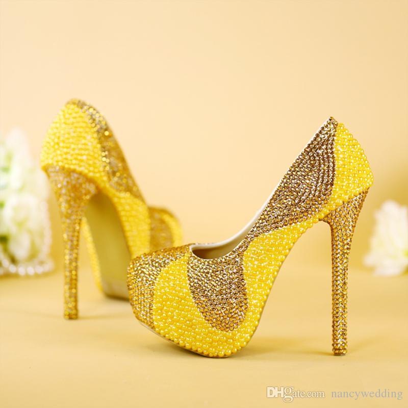 2017 Mais Novo Design Exclusivo Pérolas De Ouro Com Strass Sapatos Com Saco de Correspondência 1.57 Polegadas Plataformas Mulheres Stiletto Nupcial Sapatos de Casamento