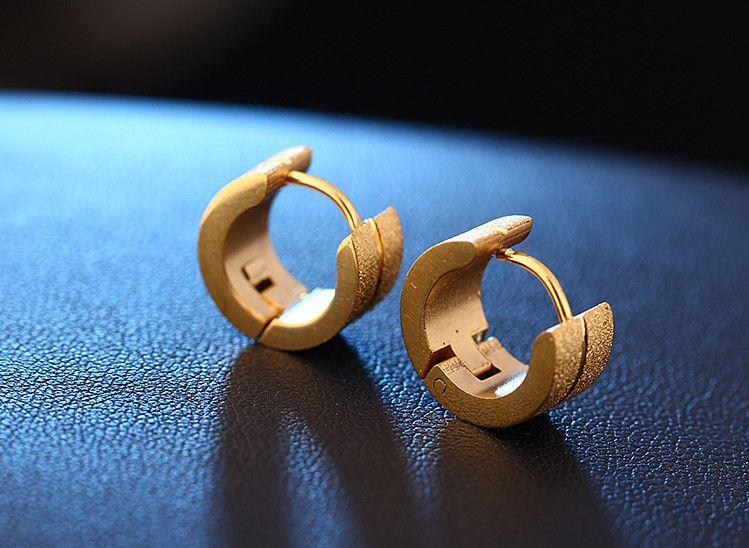 패션 매트 작은 후프 귀걸이 여성을위한 황금 실버 블랙 컬러 6MM 너비 316L 라운드 후프 여성 성명 귀걸이 쥬얼리