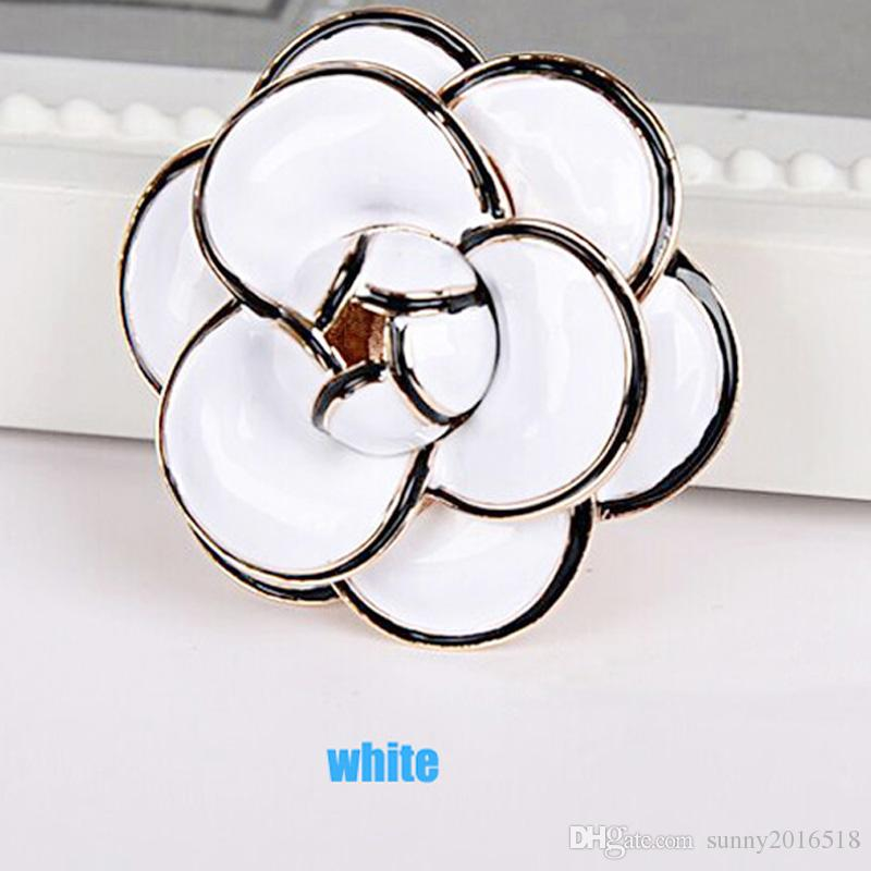 New Brand Enamel Camellia Brooch 18K Gold Plated Luxury Fashion Flowers Brooch for Women Wedding Bride Bouquet Brooches Pins Jewelry Hot