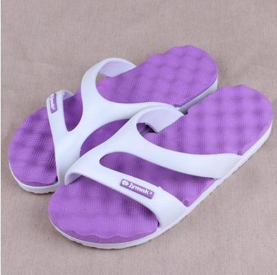 Al por mayor-caliente 2017 Sandalias de playa para el hogar Baño en casa Zapatillas planas Zapatos de playa para hombres Mujeres Nuevos amantes