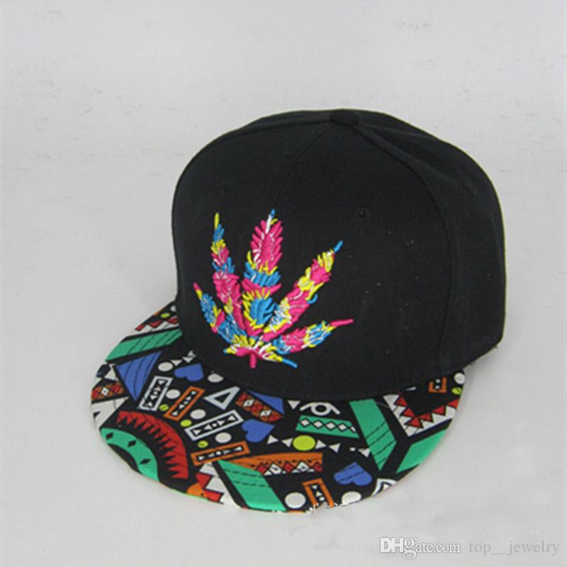 Korean version of Maple Leaf embroidery hip hop hat along the hat baseball cap totem flat eaves hat hats manufacturers wholesale