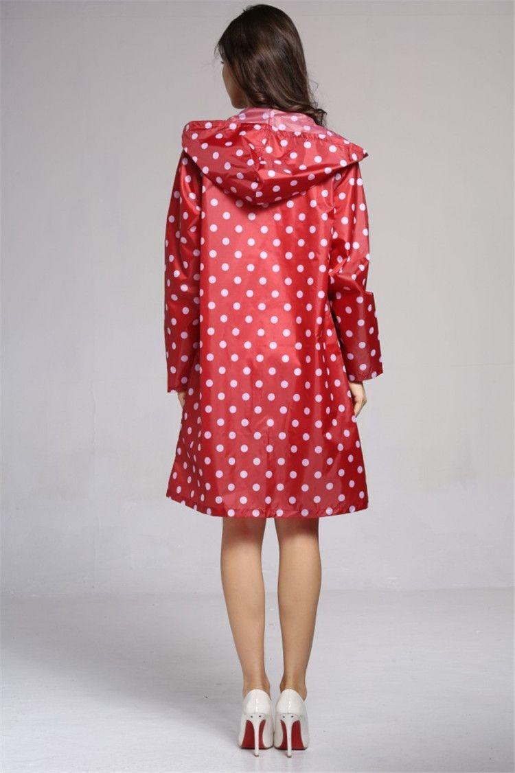 Dot design Raincoat Plastic Ball Key Chain Disposable Portable Raincoats Rain Covers Travel Tour Trip Rain Coat IB145