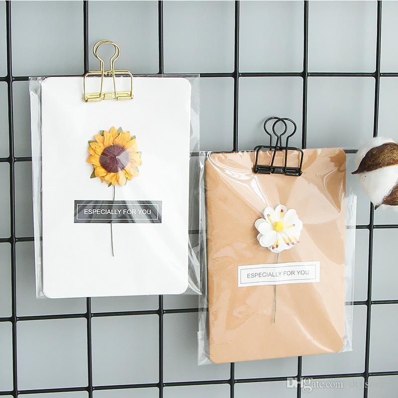 Tarjetas de felicitación navideñas hechas a mano Flor seca DIY Papel Kraft vintage Gracias Tarjetas Tarjeta de aniversario Tarjeta de flor de simulación
