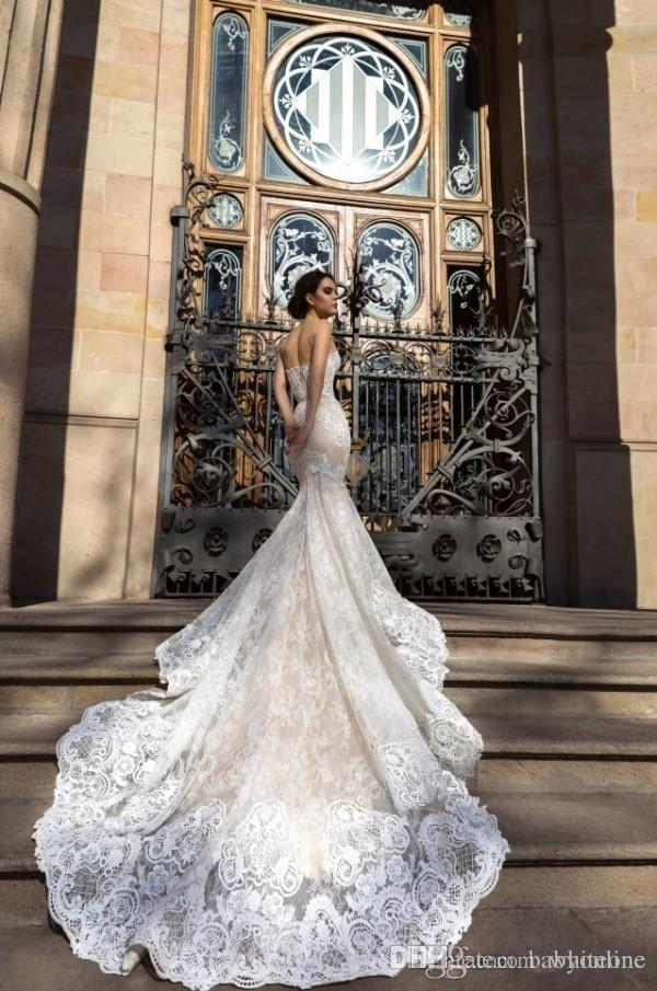 2017 Crystal Design Mermaid Wedding Dresses Sweetheart Fitted Lace Appliques Robe De Soiree Arabic Sexy Bridal Gowns with Court Train