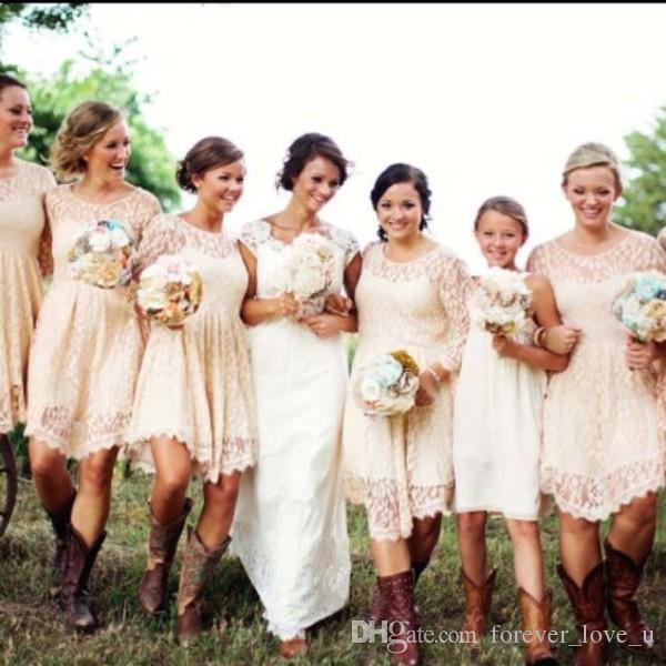 저렴한 국가 신부 들러리 드레스 짧은 레이스 하녀의 명예 가운 몽물 목 목 깎아 지른 슬리브 비대칭 헴 맞춤 제작