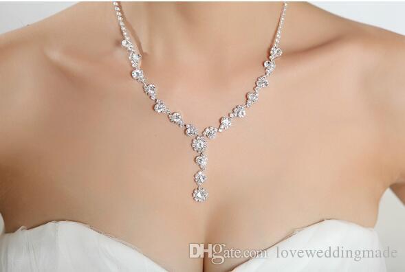 2019 paillettes strass cristal bijoux collier de mariée boucles d'oreilles ensembles de bijoux pour le bal des finissants en stock moins cher