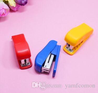 مصغرة نمط دباسة دباسة مجموعة مع رقم 10 ستابلز القرطاسية مكتب اللوازم المدرسية