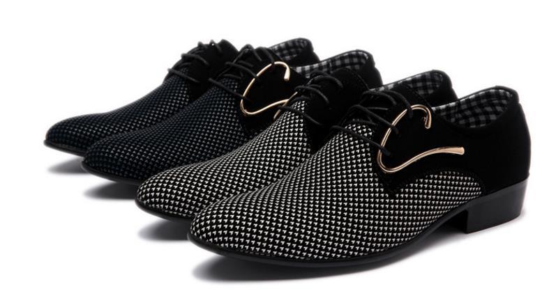 Mens de Luxo Derby Sapatos Oxfords Casuais dos homens Casuais Slip-On Vestido de Casamento Sapatos De Couro Calçados Masculinos Sapatos de Negócios Plus Size 46
