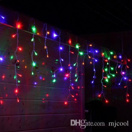 Varm Försäljning Lägg Male Kvinna Plug Connector Wire Cable 600LED 20M X 0.65m Gardin Ljus Fairy Jul Holiday Icicle Outdoor Light Lampor