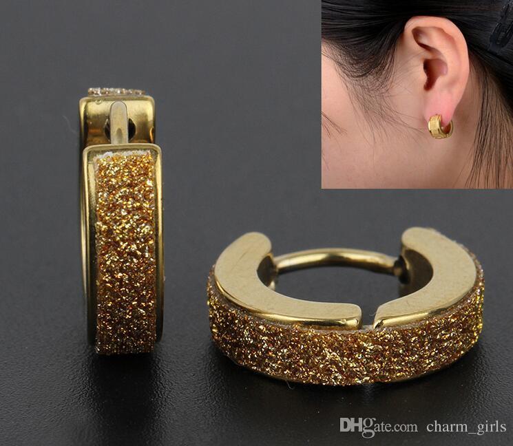 2017 venta caliente 4 mm de acero inoxidable pendientes del perno prisionero mate para los hombres pendientes de la oreja clip de titanio aretes de oro plateado