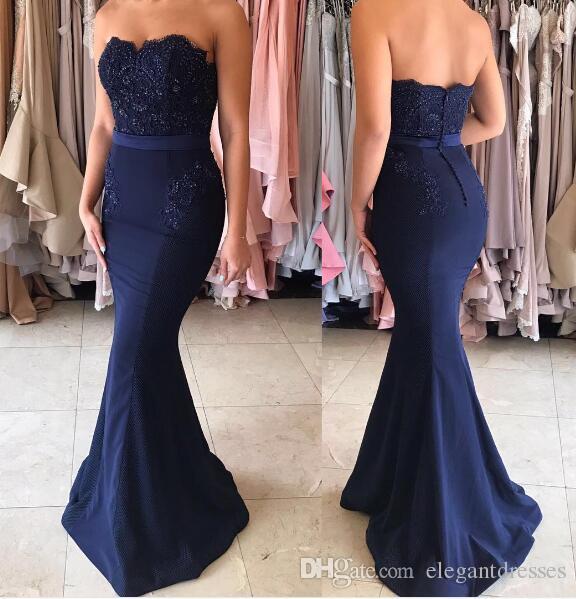 Elegante 2017 Prom Dresses senza spalline Back Mermaid Royal Blue Satin senza maniche abito da damigella d'onore abito da sera lunghi economici