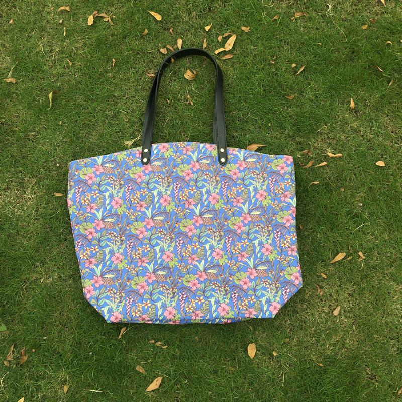 Hawaii Floral Large Women Handbag Tote Canvas Flamingo Casual Beach Bag with Black PU Handles Bridesmaid Gift Purse DOM106492