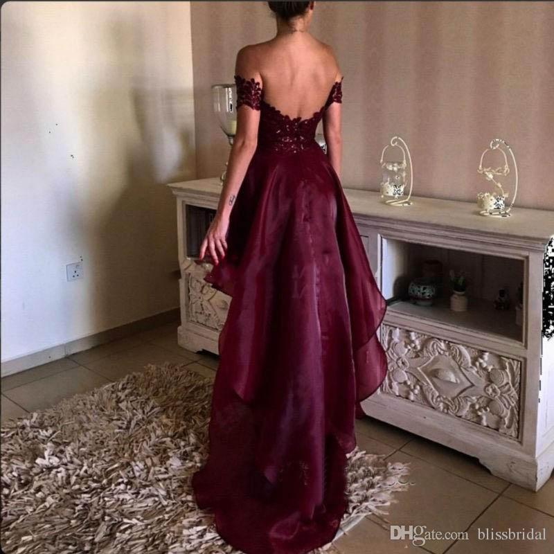 2017 Borgogna Prom abiti al largo della spalla Appliqued pizzo rosso vino High Low Party Dress laurea Backless eleganti abiti da sera
