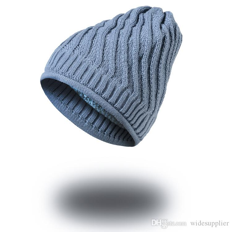 Autumn and winter new Korean hat oblique striped plus velvet thickened men 's knitted hat outdoor sport beanies hats