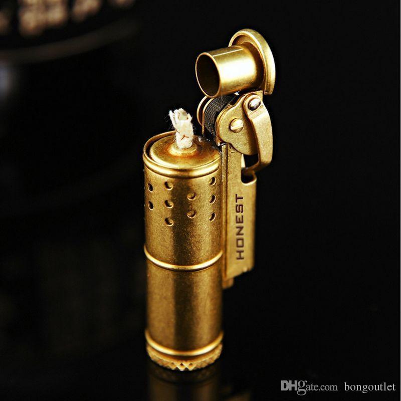 Stilvolles elegantes Design Nachfüllbar ehrlich leichter Retro reine Kupfer-Kohle-Öl-Zigarren-Feuerzeuge kreative winddichte gold-silberne Farbe