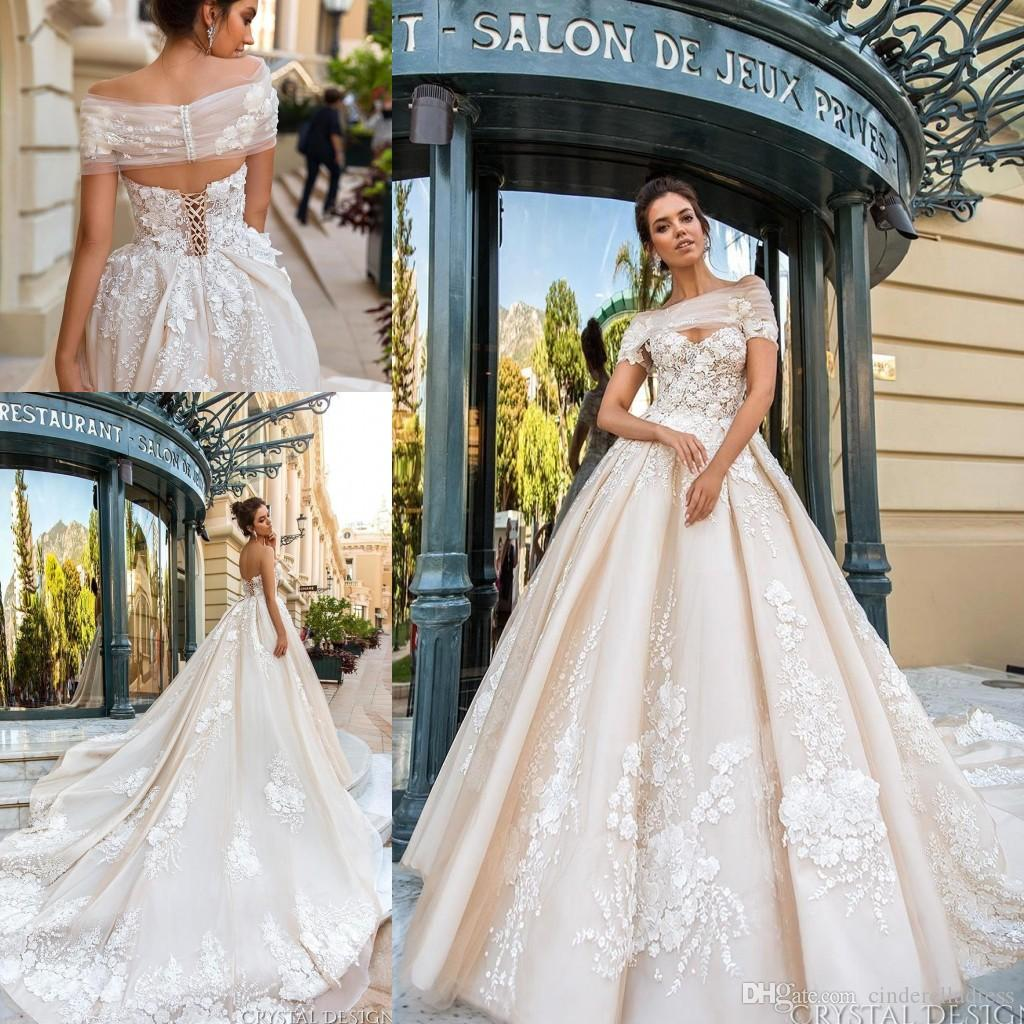 Discount 2018 Vintage Designer Wedding Dresses 3d Floral Applique ...