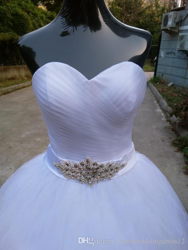 Freies Verschiffen 2017 Neue Ankunft Braut Weiß / Elfenbein Hochzeitskleid Schatz Kristall Schärpe Bodenlangen Tüll Brautkleid Benutzerdefinierte Größe