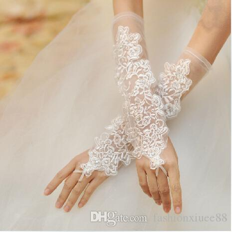 2016 Hot Sale New Ivory Tulle Hollow Wedding Gloves Fingerless Elbow Length Lace Crystal Wedding Accessories