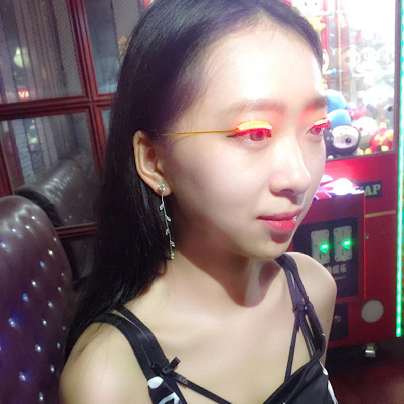 Sort des bandes LED Halloween Faux Eyelash Sticker LED 3D Lashes Maquillage des yeux Light Faux Extension de cils avec contrôleur 0708089