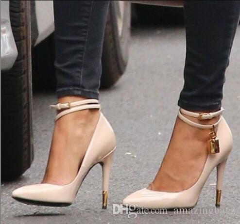 Tacco a spillo color oro Stiletto sexy Moda Tacchi alti Scarpe firmate Donna Scarpe tacco alto di lusso multistrato Scarpe da donna con pompini