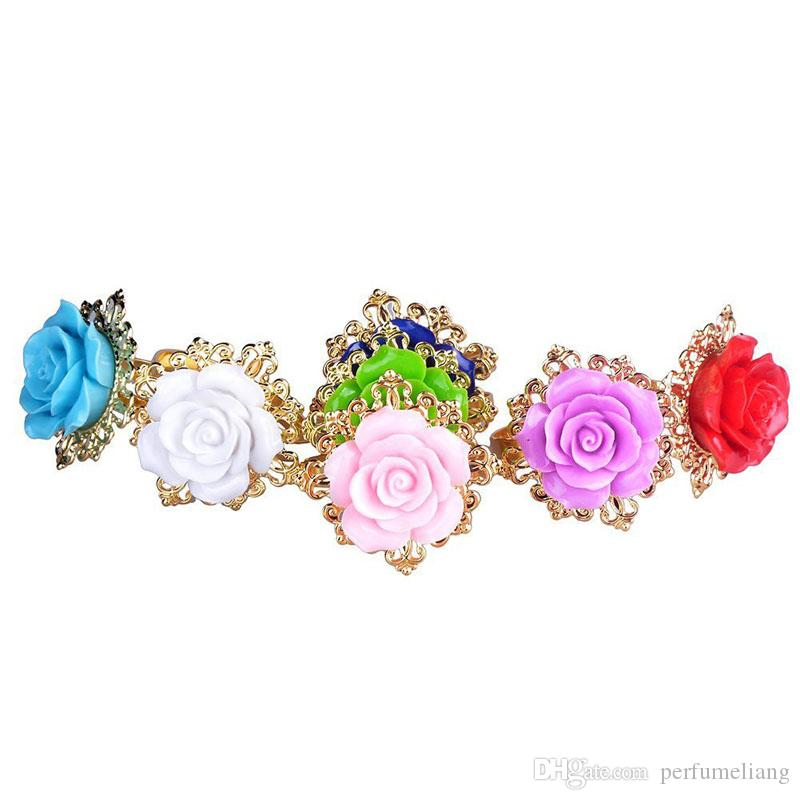 Lvory Silicone Roses Napkin Rings Golden Napkin Holder For Romantic Wedding Party Banquet Table Decoration ZA3625