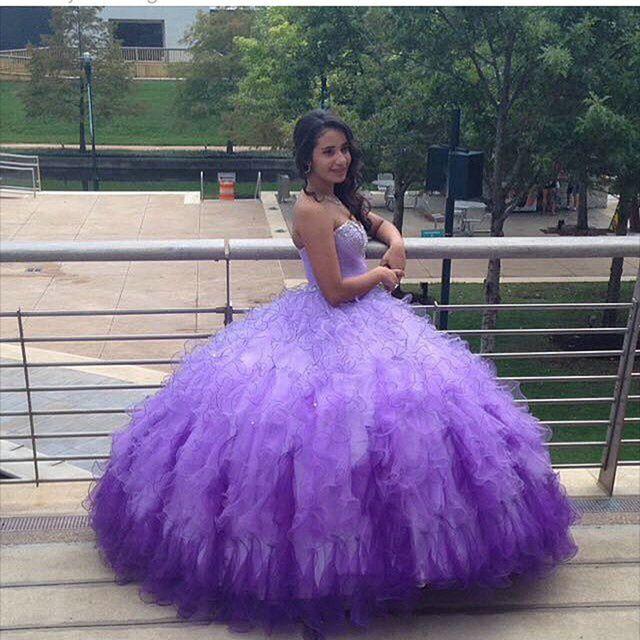 Abiti Quinceanera lilla classica Elegante in rilievo Prom Dresses Ball Gown Sweetheart Tulle Abiti da sposa formale Dress Sweet 16 Abiti