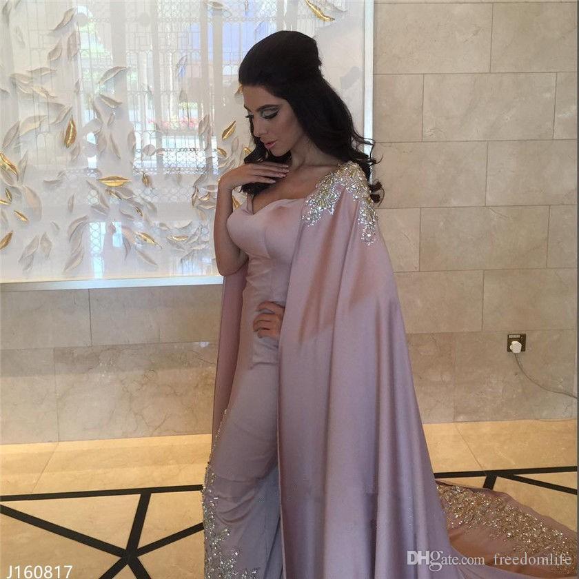 Luxe Dubaï Arabe Robes De Soirée Avec Cape Appliques Étincelle Cristal Paillettes Robes De Célébrité 2017 Nouvelle Arrivée Occasion Spéciale Fête Porter