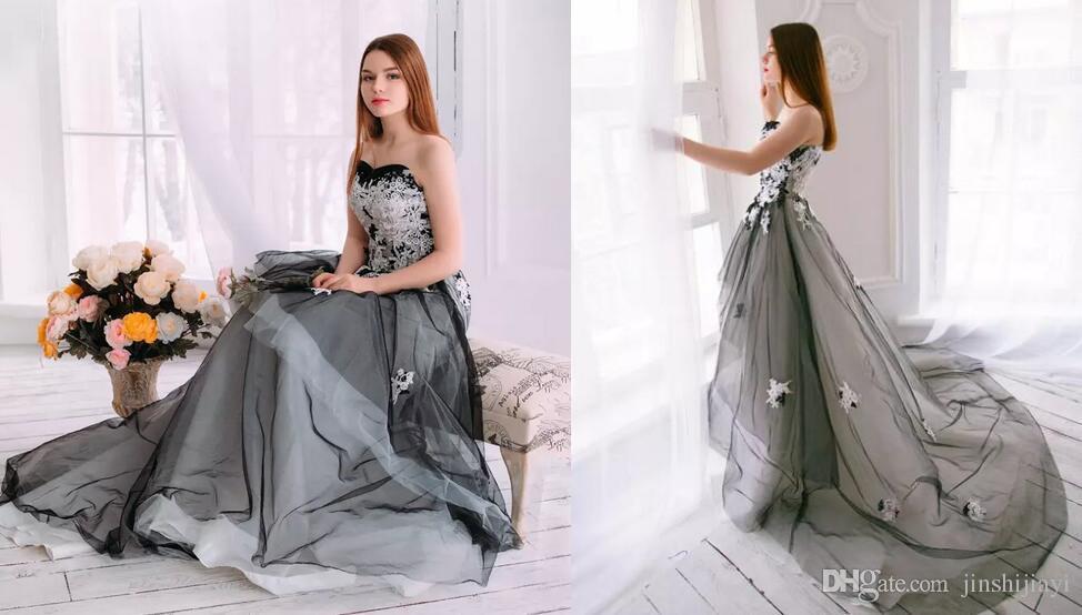 Vintage 2017 Black And White Garden Wedding Dresses Fantasy ...