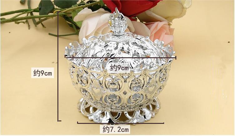 Corona de plata dorada Caja de dulces Cajas de regalo de banquete de boda de plástico 9 * 9 * 7.2 cm L tamaño para boda Fiesta de cumpleaños del bebé