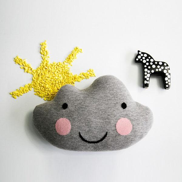 Grey Knitted Cloud Cushion Kids Decorative Pillows Kawaii Soft Smiley Face Stuffed Toy White Cloud Pillow Nursery Decoration for Baby Room