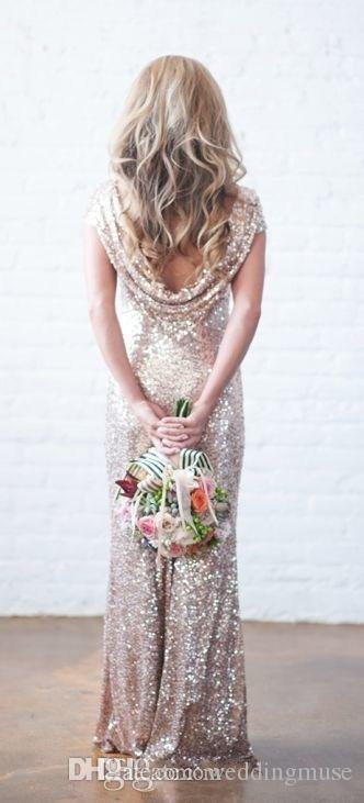 2021 Sparkly Gül Altın Şampanya Ucuz Mermaid Nedime Elbiseler Kısa Kollu Sequins Backless Uzun Plaj Düğün Törenlerinde