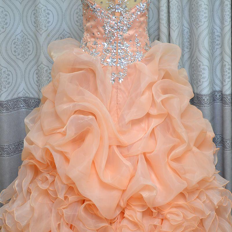Foto reali Vestido De 15 Anos De Debutante Ball Gown cinghie scollo a V Organza con perline Ruffle Coral Abiti Quinceanera