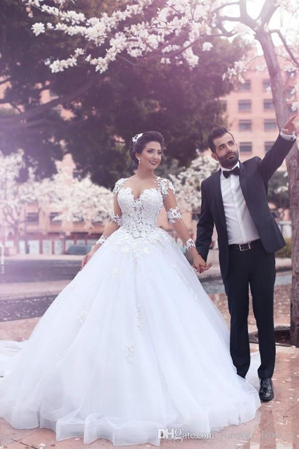 Arabska Koronkowa Suknia Balowa Suknie Ślubne Sheer Neck Sweetheart Illusion Back Lace Aplikacje Długie Rękaw Puffy Tulle Suknie Ślubne Custom Made