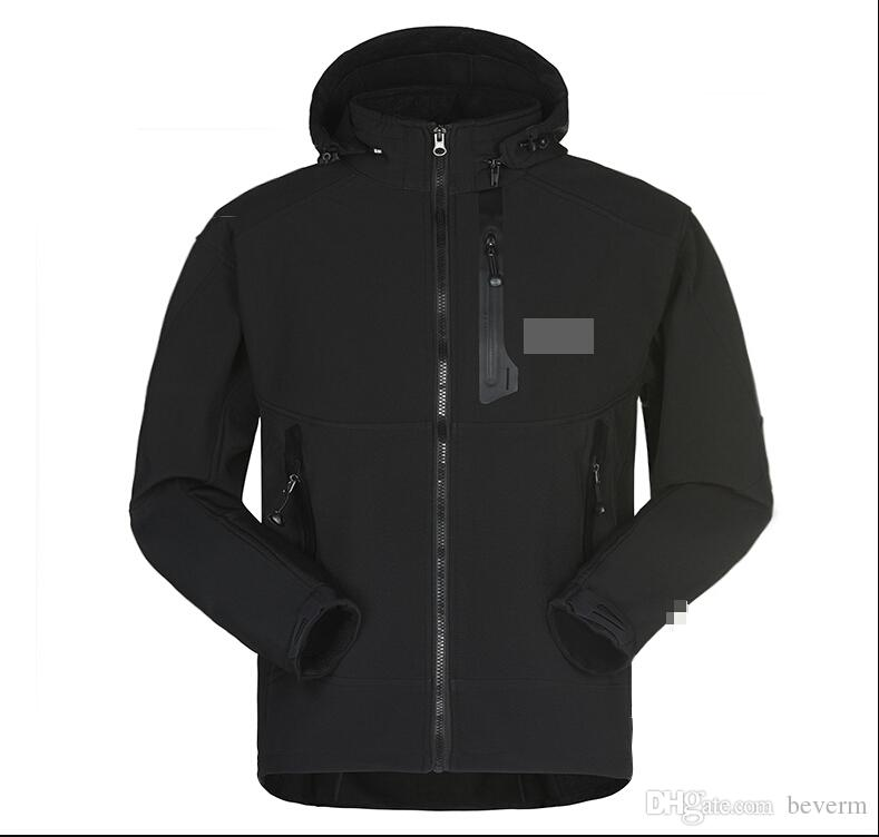 All'ingrosso-Uomini impermeabile Softshell traspirante uomini all'aperto sport cappotti donna sci escursionismo antivento invernale Outwear giacca Soft Shell