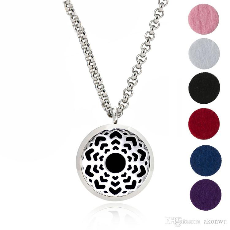 30mm Stainless Steel Aromatherapy Fillligree Locket Essential Oil Diffuser Locket Necklace With 6 different Refill Pads MJ8
