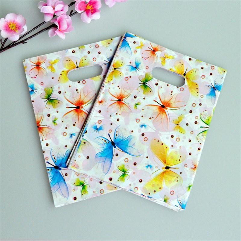 쥬얼리 쇼핑 가방 핸들 15x20cm와 플라스틱 선물 가방 다채로운 나비 생일 플라스틱 포장 결혼식 호의