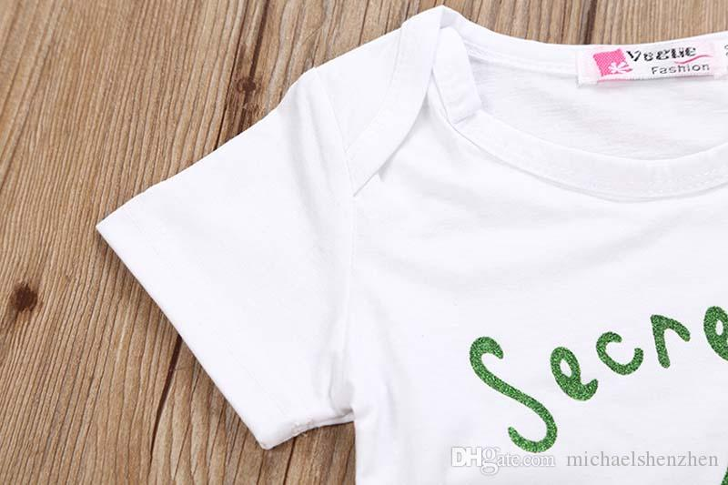 Baby INS Meerjungfrau Schwanz Skala Anzüge DHL Kinder Cartoon Fisch Schuppen Kurzarm T-Shirt + Hosen 2 Stück Anzug Cartoon Pyjamas Anzüge B001