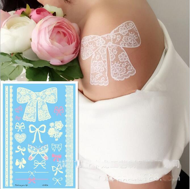 Eco-Friendly Flash il tatuaggio impermeabile bianchi tatuaggi temporanei all'hennè Lace Tatuaggi Fiore Totem da sposa Temporary Tattoo Sticker