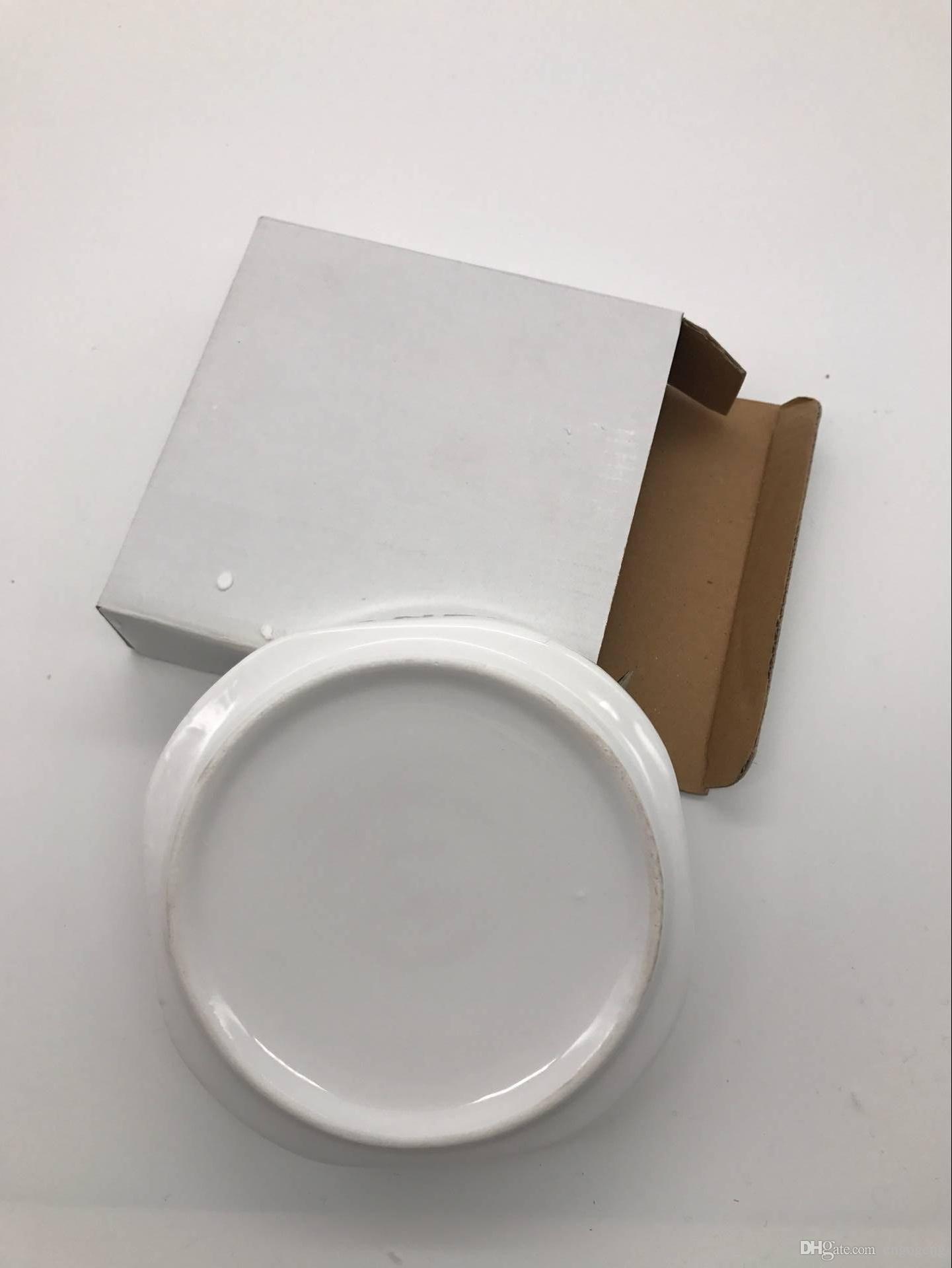 Cera de lujo C / Cenicero blanco con logotipo clásico Cenicero cuadrado blanco envío de caída