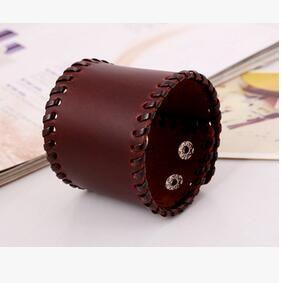 Europe and the United States retro punk leather bracelet exports new men 's bracelet wide leather cowhide bracelet