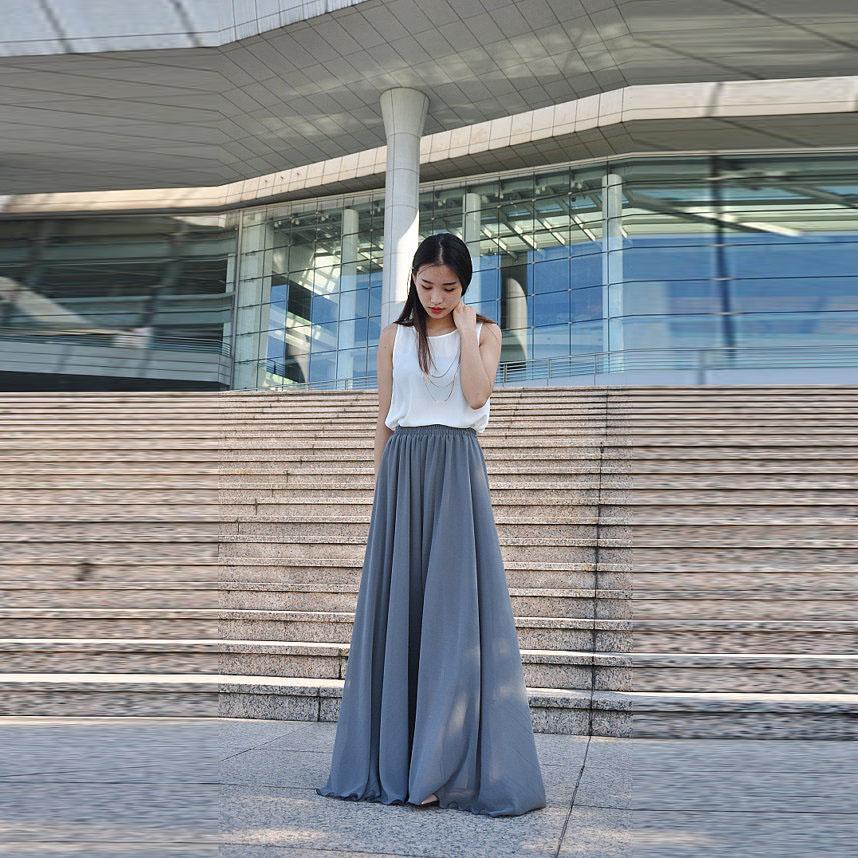 a6ecf1a56 Simple gris falda de gasa cintura elástica una línea de longitud de piso  falda maxi completo personalizado faldas largas Adultos Primavera Verano