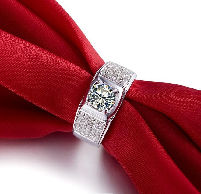 Manuel Micro Pavé 1 ct Synthétique Diamant Bijoux Pour Hommes Bague de Fiançailles En Argent Sterling De Bijoux De Mariage Anneau 18K Or Blanc Plaqué