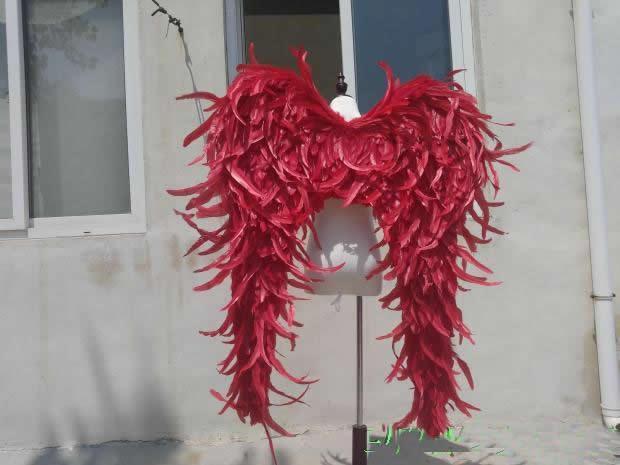 rojo grande negro alas de ángel púrpura espectáculo en el escenario modelo de pasarela juego de disparos grandes puntales serie pluma creativa regalo EMS libera el envío