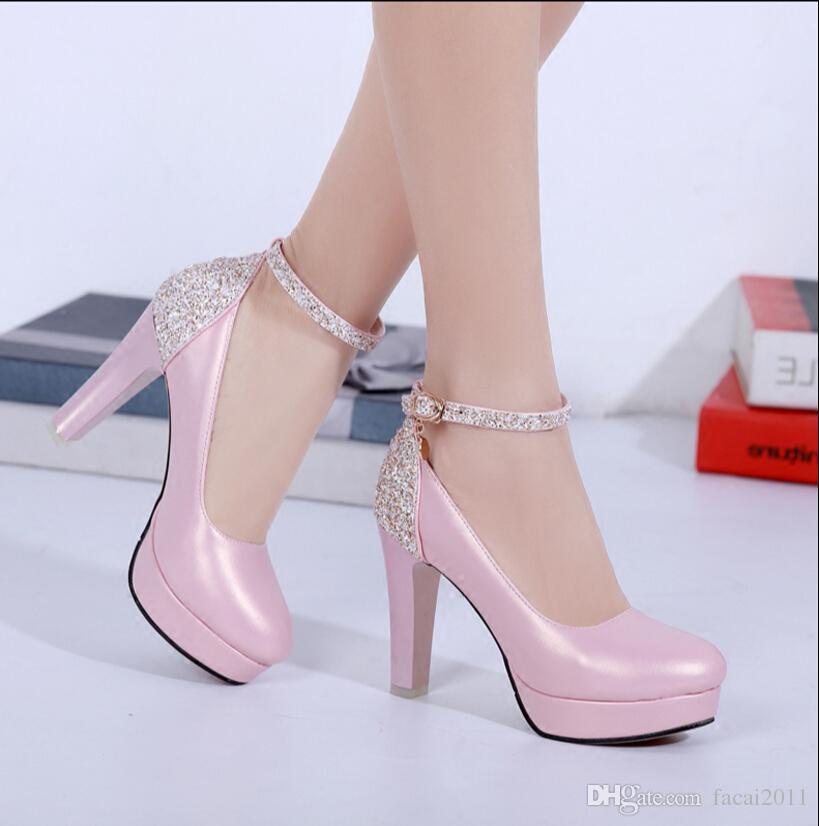 Primavera 2017 nova palavra fivela doce sapatos de salto alto feminino grosso com cabeça redonda para as mulheres sapatos mais leve sexy à prova d 'água