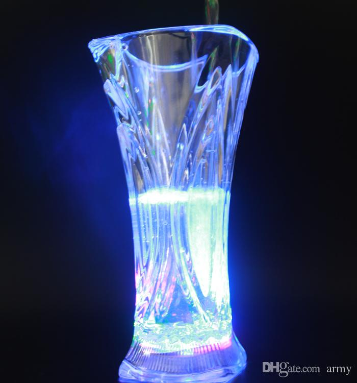 Colorful Led Cup Flashing Shot Glass Led Plastic Luminous Neon Cup Birthday Party Night Bar Wedding Beverage Wine flash small cup