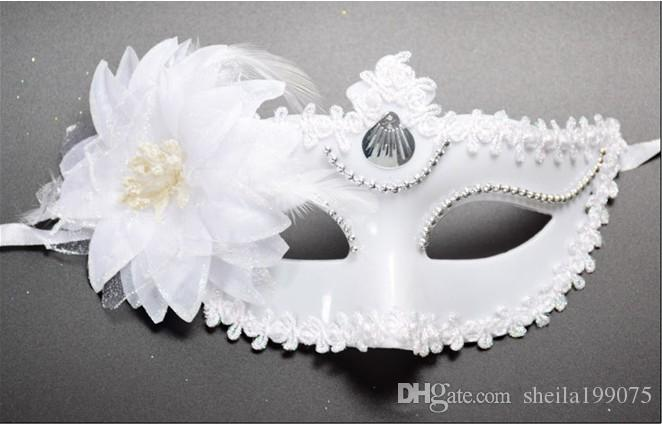 2017 HOTSALE Masquerade Mask performance show Runway Venice flower mask feather white beauty princess Halloween party Christmas
