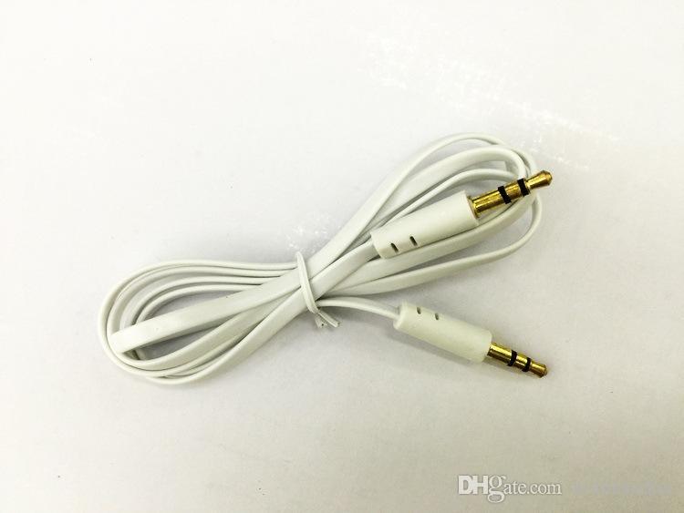 1M plat coloré, tel qu'un câble auxiliaire audio 3,5 mm vers un câble de cordon stéréo enfichable mâle pour smartphone iphone / samsung / huawei